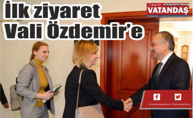 İlk ziyaret  Vali Özdemir'e