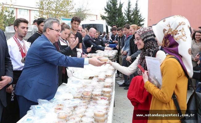 """TRAKYA ÜNİVERSİTESİ'NDE """"AŞURE COŞKUSU"""""""