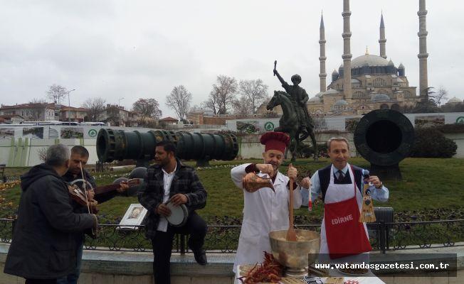 GÖNÜLLÜ TURİZM ELÇİLERİ EMITT'E HAZIR