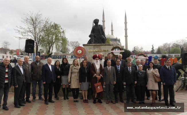 """""""ALTIN ÜÇGEN GEÇMİŞTEKİ GÖRKEMİNE KAVUŞACAK!"""""""