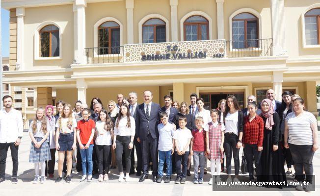 'EDİRNELİ MASALLAR' ÖDÜLLENDİRİLDİ