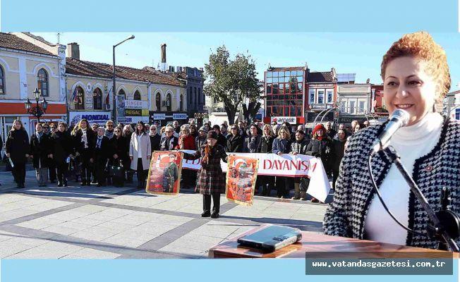 KADINLAR EŞİT TEMSİL HAKKI İSTİYOR!