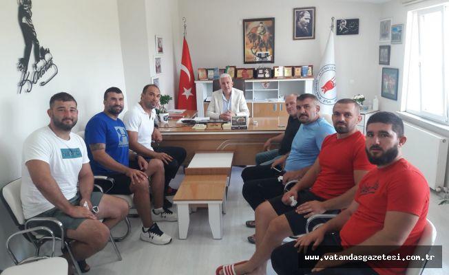 """ALİ GÜRBÜZ, """"KEMERİ ALMAYA GELDİM"""""""