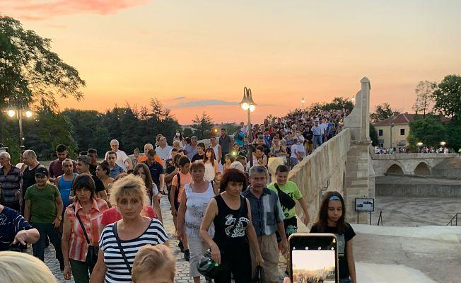 BULGARİSTAN'DA RESTORE EDİLEN OSMANLI MİRASI KÖPRÜNÜN AÇILIŞI YAPILDI