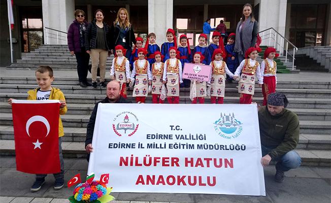 Halk Oyunlarımızı Bulgaristan'da sergilediler