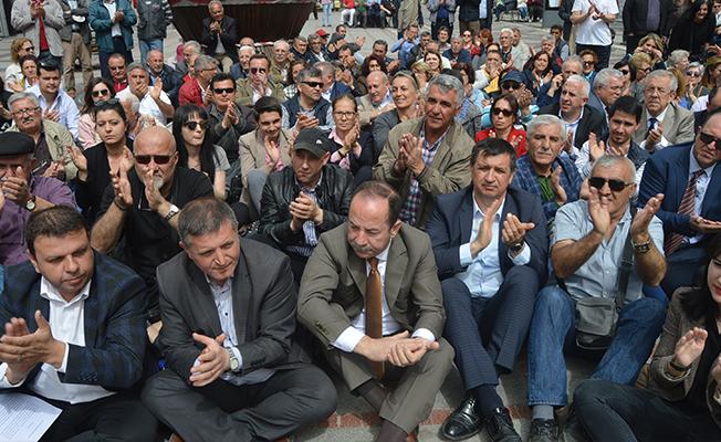 OHAL'İ Oturarak Protesto Ettiler