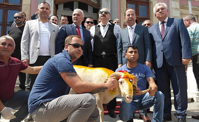 KIRKPINAR'I SAHİPSİZ BIRAKMADI