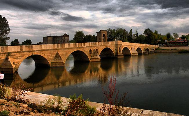 Özdemir'den Köprü Müjdesi